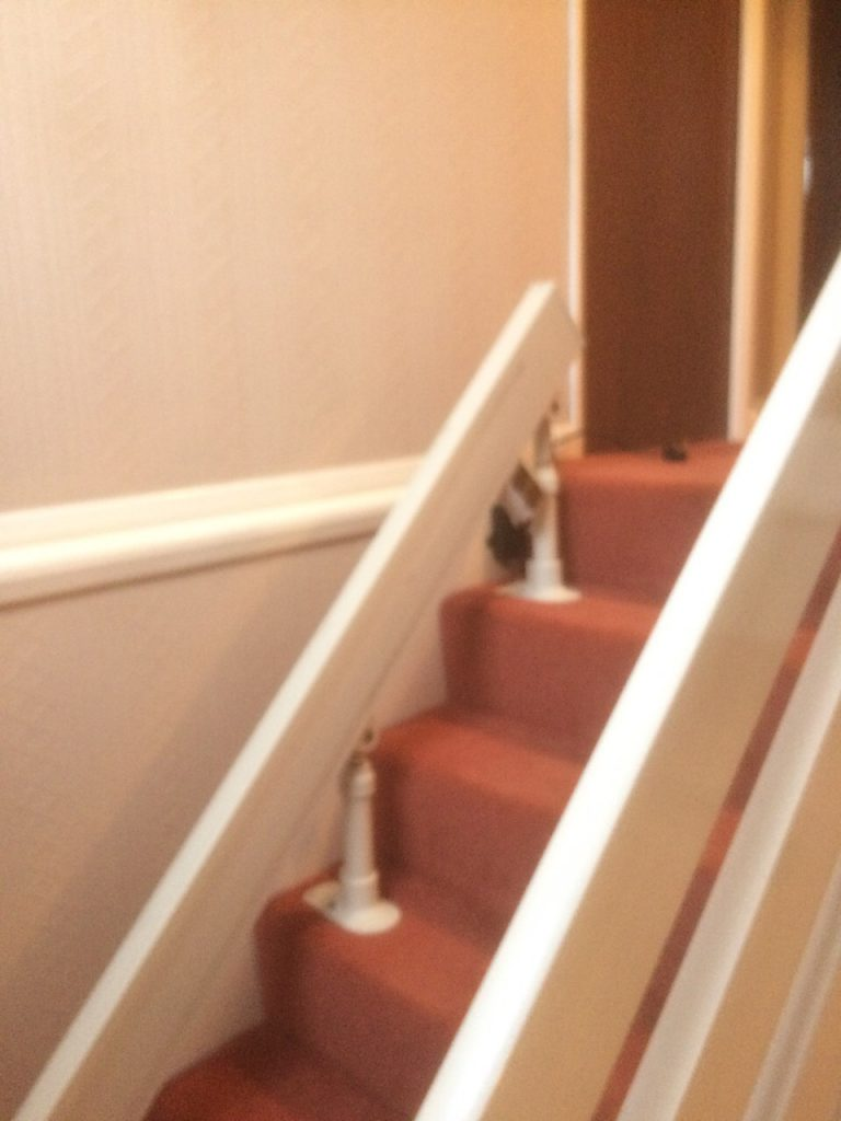 Acorn-180-T565-Curved-Stairlift