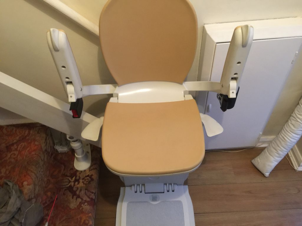 Acorn Curved Stairlift For Curved Staircases