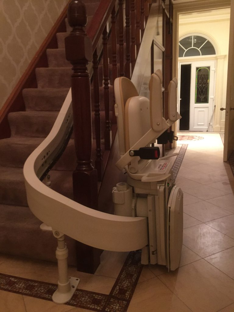 Acorn-Curved-Stairlift-Pictures-1