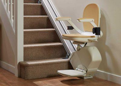 Acorn Straight 130 T700 Straight Stairlift