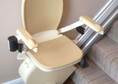 Brooks 130 T700 Straight Stairlift