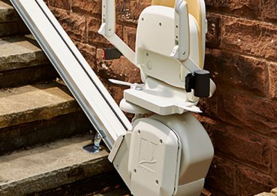 Brooks-Acorn-Outdoor-Stairlift