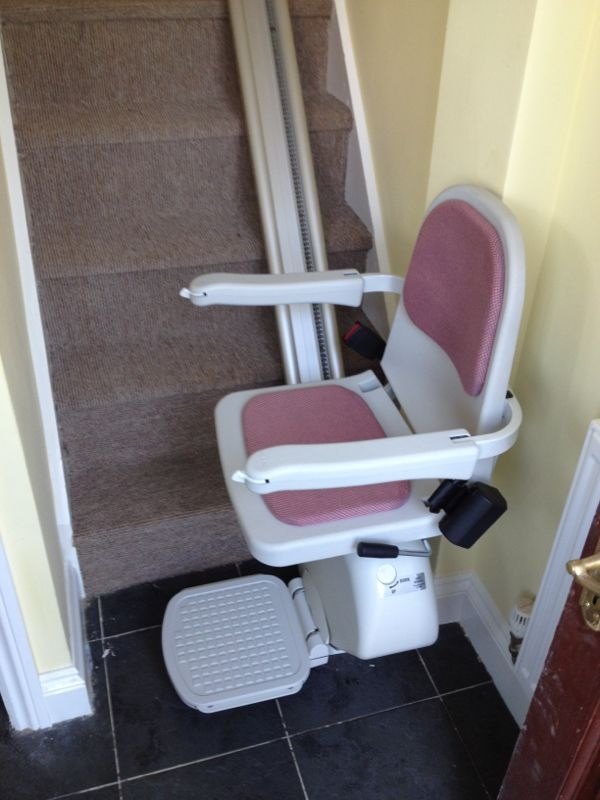 Acorn Superglide Stairlift | Halton Stairlifts