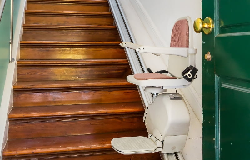 HOW TO DECIDE IF A STAIRLIFT IS RIGHT FOR YOU