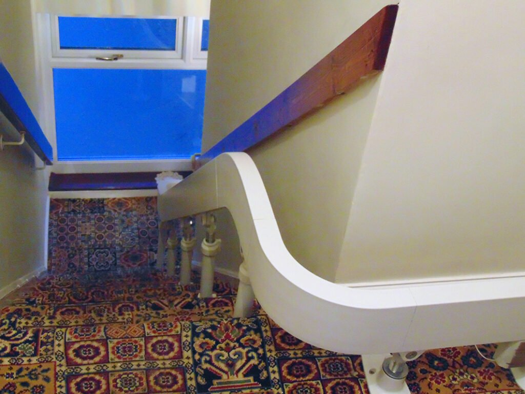 Brooks T565 Curved Stairlift Internal 90 Bend Track