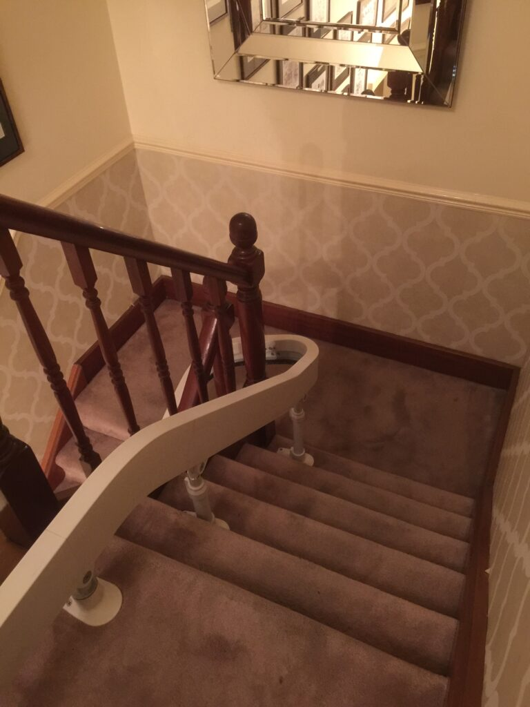 Acorn Curved Stairlift For Curved Chairlift Track