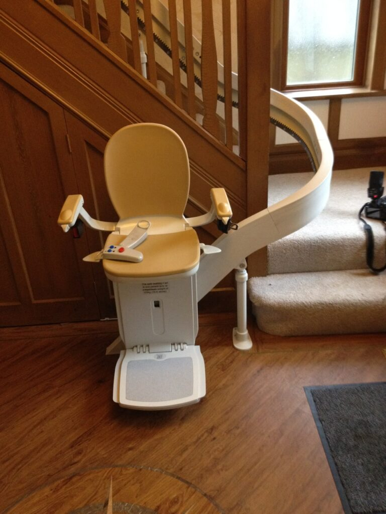 Acorn T565 Curved Stairlift Internal 180 Wrap Unfolded