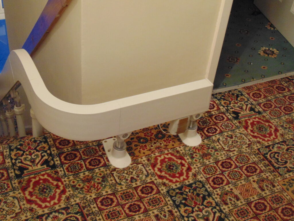 Brooks T565 Curved Stairlift Internal 90 Bend Track 01
